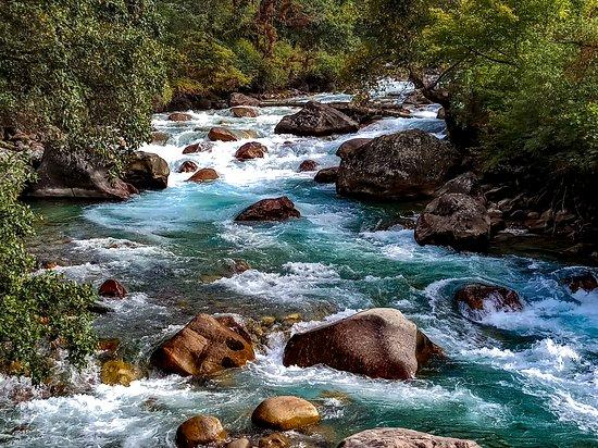 Тхимпху, Бутан: Dodeyna, on the way to Tango