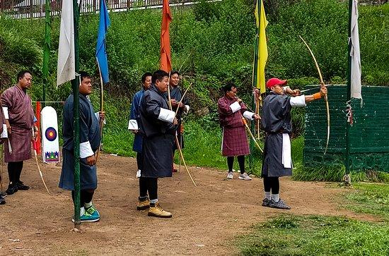 Тхимпху, Бутан: Archery tournament