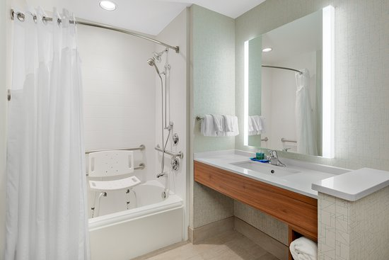 Holiday Inn Express & Suites Ontario: Guest room amenity