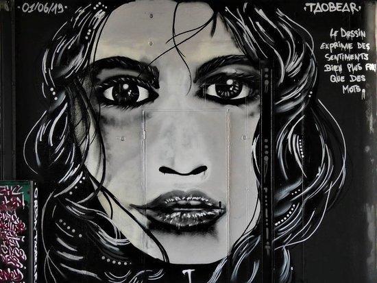"""Fresque """"Le dessin exprime des sentiments"""""""