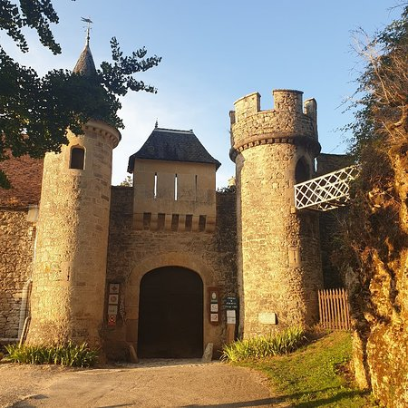 Cenevieres, فرنسا: Château de Cénevières