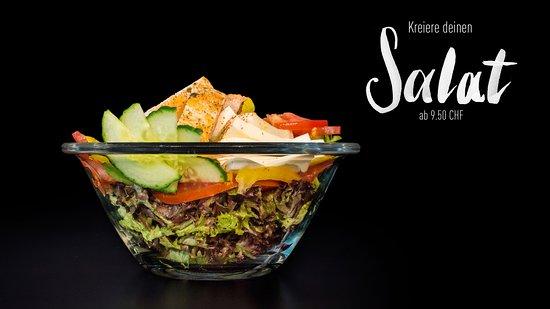 Bei uns im Kalchofen kannst du deinen Salat selber zusammenstellen, so wie es deinen Wünschen entspricht.