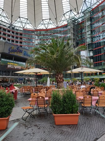 Sony Center: Cool architecture