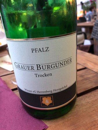 Eine leckere Flasche Grauburgunder