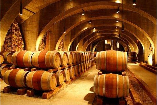 Wine Tours of Niagara