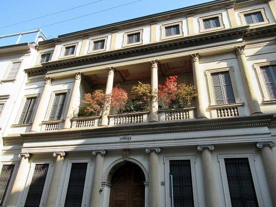 Palazzo Lucini Passalacqua