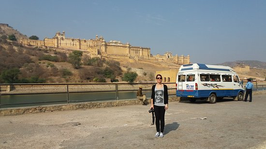 Amazing Rajasthan Tours: Guest From Italy at Amber Fort,