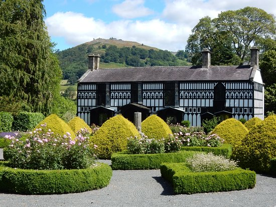 Llangollen, UK: Plas Newydd House and Museum. Home to the 'Ladies of Llangollen.