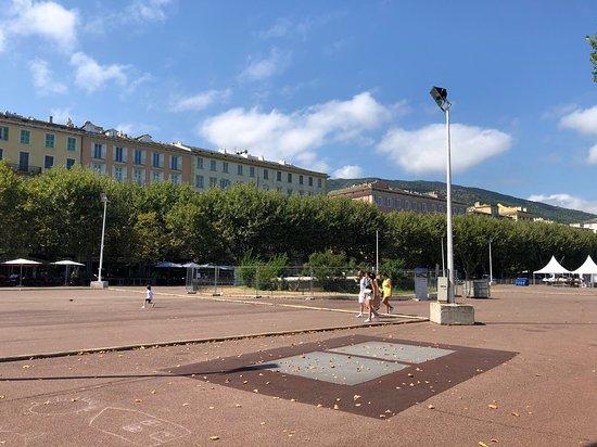 Saint-Nicolas Square
