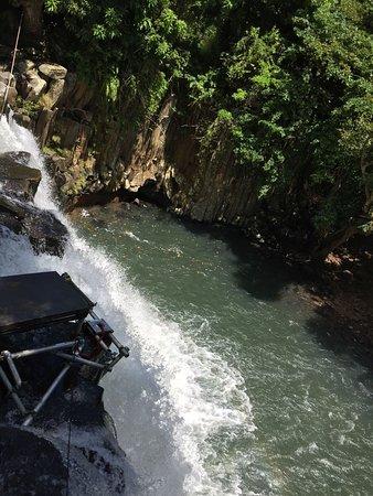 Souillac: Rochester falls: upper parts