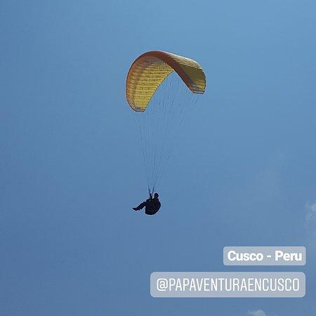 Disfrutando de la vida como una Bendicion; a seguir volando...✌#PAP #parapente #paragliding #cusco #chinchero #fly #adventure #adventuretime #peru #peruvian #love
