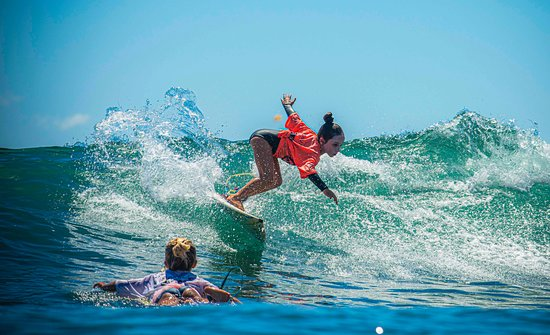 Gold Coast Australia School of Surfing