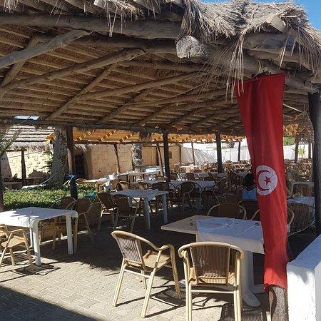 Deuxième terrasse du restaurant.