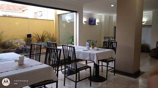 OYO Hotel Jacutinga JS: Café da manhã