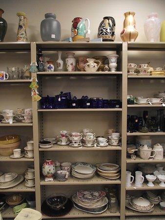Carriagetowne Antiques & Uniques: NH - KINGSTON - CARRIAGETOWNE ANTIQUES – WALL DISPLAY OF HOUSEWARES