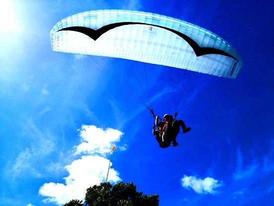 Carmona, Philippines : HIGH 5 PARAGLIDING check www.high5paragliding.com