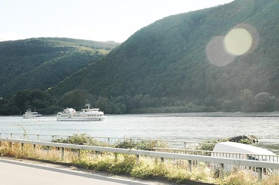 自法兰克福出发的莱茵河谷之旅,包含莱茵河巡游