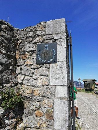 Visita al fuerte de resistencia tropas de napoleón
