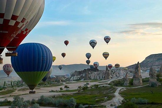 皇家气球飞行包括卡帕多西亚之旅的私人秘密