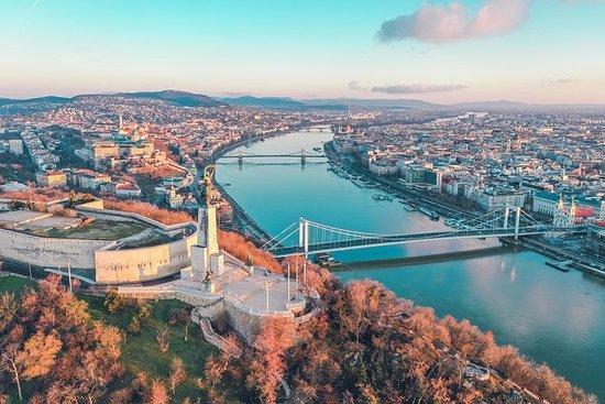 The Best of Budapest - Private Walking Tour- 4 hours with English-speaking guide