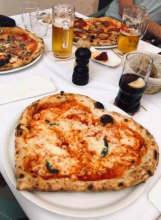 Impasto della pizza come a Napoli