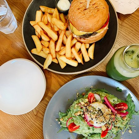 * When you visit Grain,don't forgetti to enjoy our Burger & Avocado opensandwich!! . . . 📸 #그레인 은 오늘도 변함없이  신선한 재료들로만 준비해서 찾아 뵙겠습니다.  AM 9 ~ PM 8 Last order | PM 7 . 23, Donggyo-ro 46-gil, Mapo-gu, Seoul, Korea