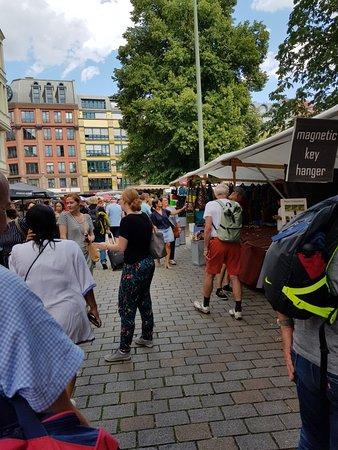 Hackescher Markt: Busy square