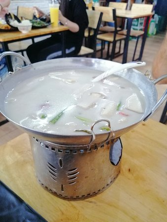 Grazie thai local food: Sopa muy buena