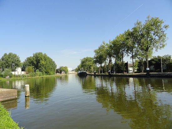 Delft, Hà Lan: Vliet