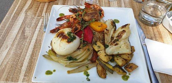 La Cuisine: assiette poisson fruit de mer
