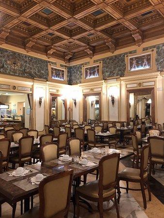 Grand Hotel Britannia Excelsior: Dining hall