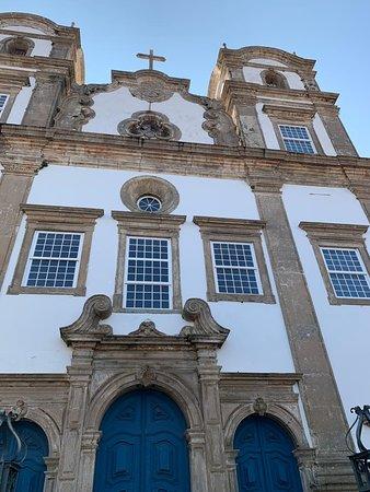 Salvádor, BA: Igreja do Santíssimo Sacramento do Paço em frente ao Bahia Pelô Hostel