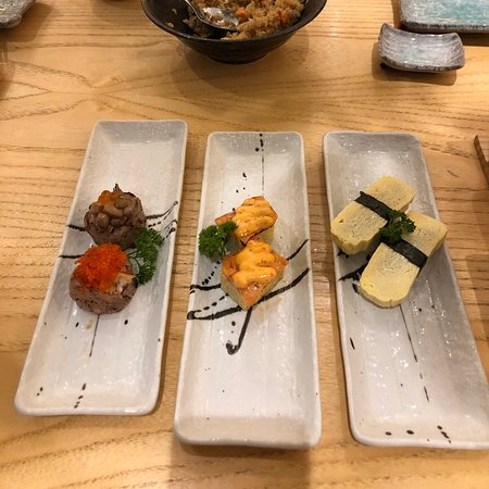 Sushi hiro new branch in taman anggrek mal, Nice interior with origami cloud in the resto ceiling. Variety of Japanese cuisine, good taste and they serving fast , free flow ocha