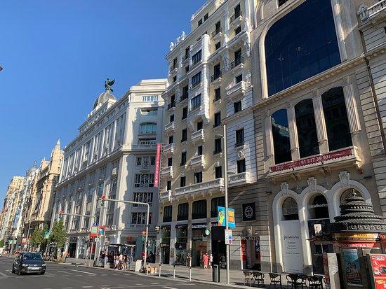 Edificio Grassy: Calle Gran Vía