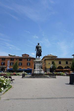 Piazza San Marco: Monument of general Manfredo Fanti
