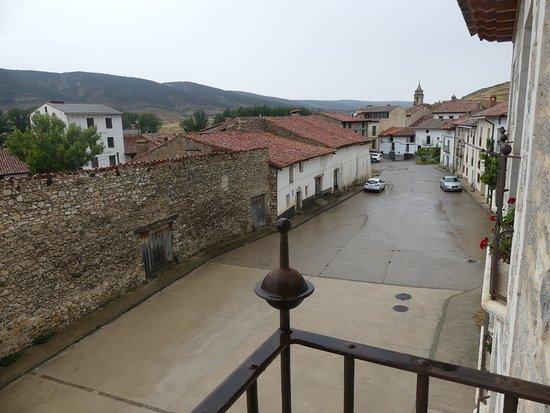 Fortanete, España: Espectaculares vistas desde el balcón del apartamento