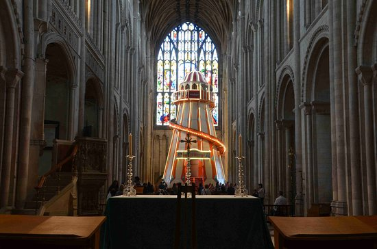 Norwich Cathedral: Helter Skelter