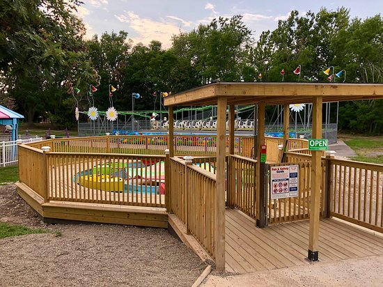 Fantasy Island: Children's boat ride in Kiddyland- one of the park's two children's areas.