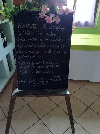 Sale San Giovanni, Italia: Menu di pranzo del 24/08/2019