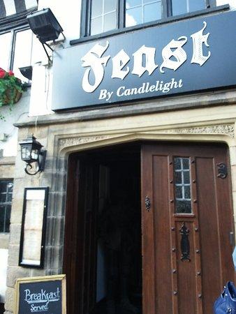 Τσέστερ, UK: Feast by Candlelight pub d'atmosfera