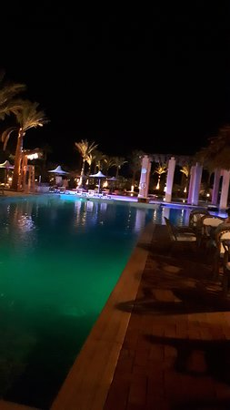 Tamra Beach: 1 delle 3 piscine della piazzetta