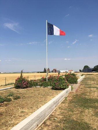 Necropole nationale de Villers-Carbonnel