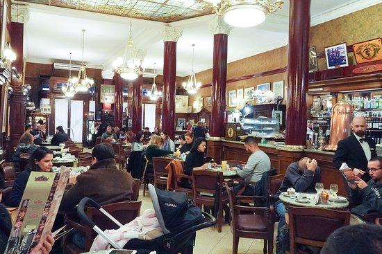 Cafe Tortoni: φώτο