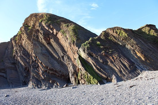 Sandymouth Beach: Well worth a visit, especially at low tide
