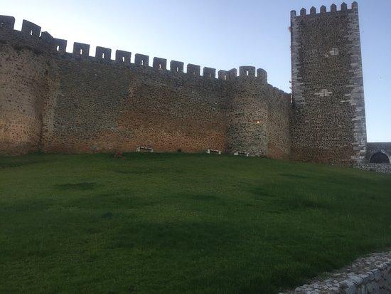 Castle of Portel: Conhecendo e passeando pelas cidades de Espanha e Portugal e aqui estamos em Portel PT.