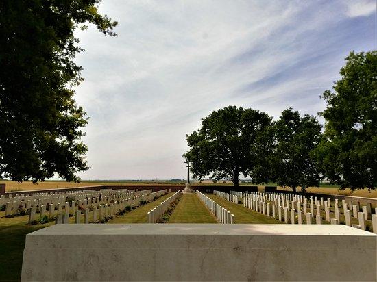 Bronfay Farm Military Cemetery