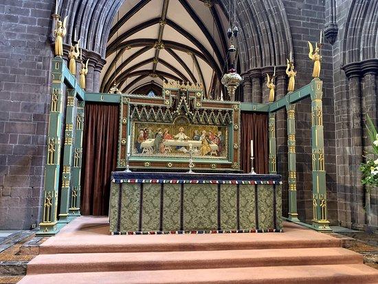 Τσέστερ, UK: The altar
