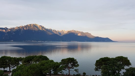 Grand Hotel Suisse Majestic: Wake up to this view ... heaven!!!