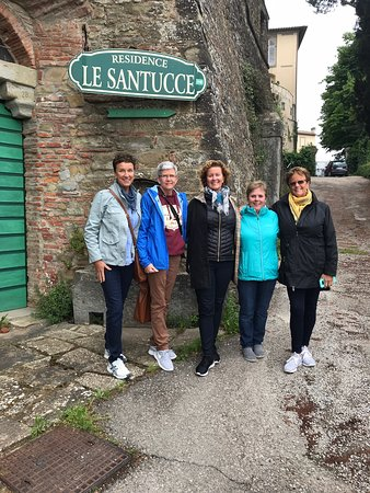 Residence Le Santucce: Five sisters travel to Italy!