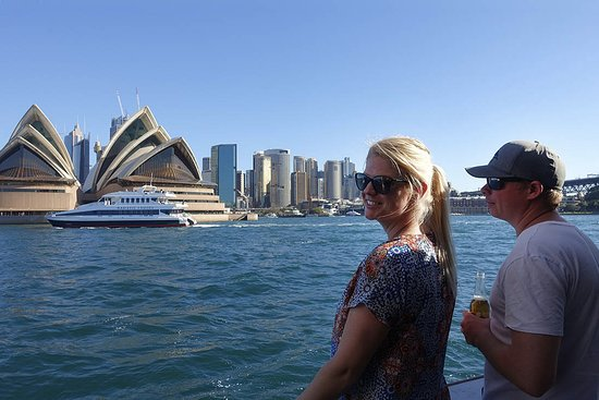 Sydney Harbour Tall Ship Lunch Cruise: Iconic sights